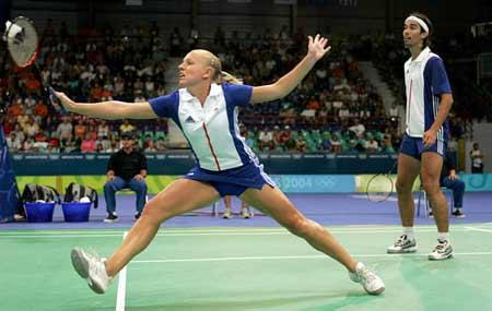 在雅典奥运会羽毛球