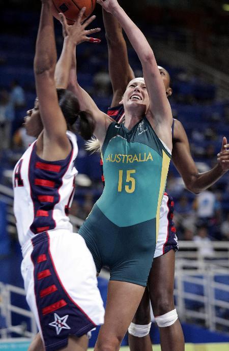 图文 美国女篮战胜澳大利亚