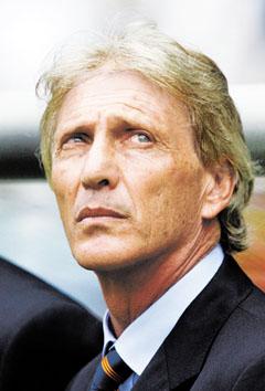 90分钟阿根廷主帅骤然苍老佩克尔曼今晨黯然辞职