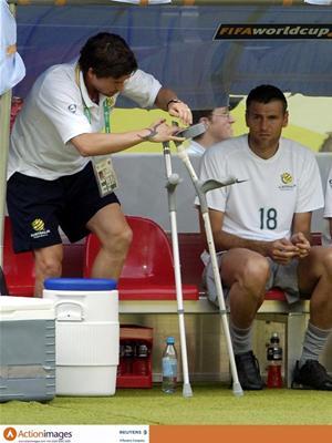 科维尔参加世界杯留下伤病利物浦边煞无缘英超开局