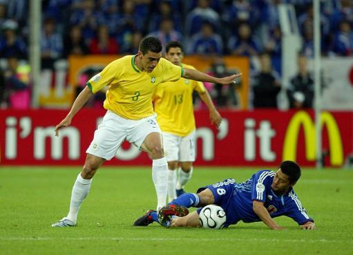 巴西刷新不失球纪录卢西奥零犯规直追世界杯第一人