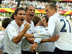 世界杯-贝克汉姆制造对手乌龙英格兰小胜巴拉圭