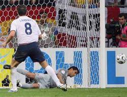世界杯-鲁尼红牌兰帕德失点球葡萄牙点杀英格兰