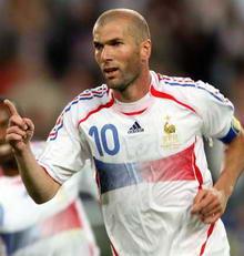 世界杯-维埃拉传射导演逆转法国3-1淘汰西班牙