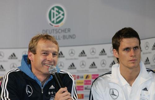 弗林斯缺阵两大替身浮现德国两套方案迎接意大利