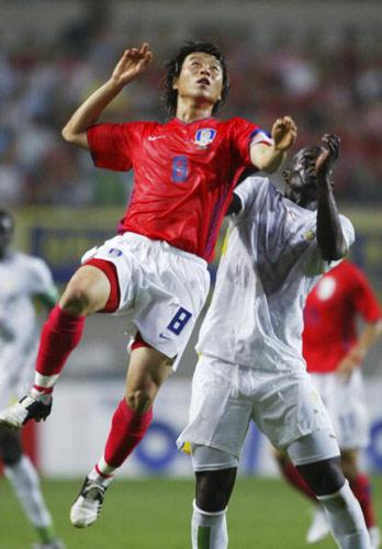 图文-[世界杯热身]韩国1-1塞内加尔金斗玄雄兵一方
