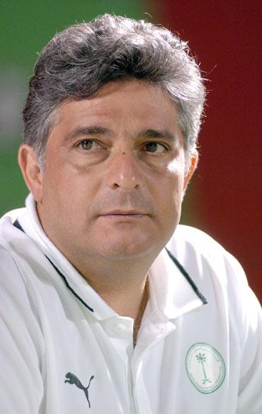 图文-世界杯32强主教练风采西亚劲旅目标出线
