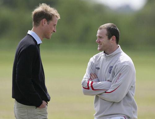 图文-威廉王子观看英格兰队训练鲁尼我相信你能上场