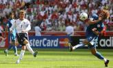 图文-[世界杯]英格兰1-0巴拉圭贝克汉姆秀脚法