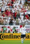 图文-[世界杯]英格兰1-0巴拉圭观众起立鼓掌