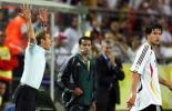 图文-[世界杯]德国1-0波兰克林斯曼非常着急