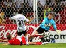 图文-[世界杯]德国1-0波兰诺伊维尔射门被挡