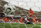 图文-[世界杯]荷兰VS科特迪瓦荷兰大门被攻破