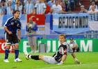 图文-[世界杯]阿根廷6-0塞黑特维斯让门将无奈