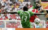 图文-[世界杯]多哥vs瑞士弗尔森动作狠毒