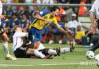 图文-[世界杯]厄瓜多尔0-3德国德国后卫疯狂铲断