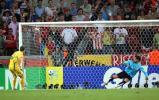 图文-[世界杯]乌克兰淘汰瑞士古斯耶夫破门瞬间