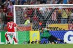 图文-[世界杯]乌克兰淘汰瑞士巴内塔点射门眉