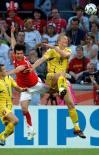 图文-[世界杯]乌克兰淘汰瑞士争球上演三重跳