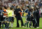 图文-[世界杯]德国淘汰阿根廷德国领队挑起拳脚冲突