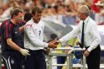 图文-[世界杯]英格兰vs葡萄牙埃里克森安慰小贝