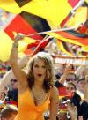 图文-世界杯的美丽诱惑德国女郎激情四溢