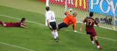 图文-[世界杯]德国3-1葡萄牙戈麦斯让卡恩无奈