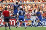 图文-[世界杯决赛]意大利VS法国马特拉齐腾空而起