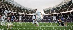 图文-[世界杯]意大利VS法国皮球冲入法国大门