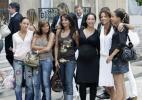 图文-法国队受到总统接见美女亲友团寸步不离