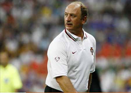 名宿指责裁判漏判两点球斯科拉里称葡萄牙令巴阿蒙羞