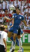 图文-[世界杯]英格兰1-0巴拉圭每寸土地都不放