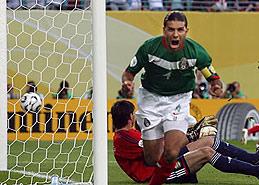 马科斯为墨西哥先拔头筹