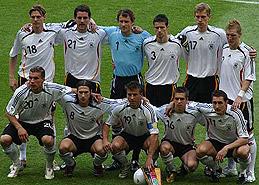 德国4-2哥斯达黎加 东道主首发11人