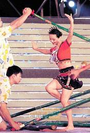 京族:传统竞技项目源于生态三颗文化明珠璀璨夺目