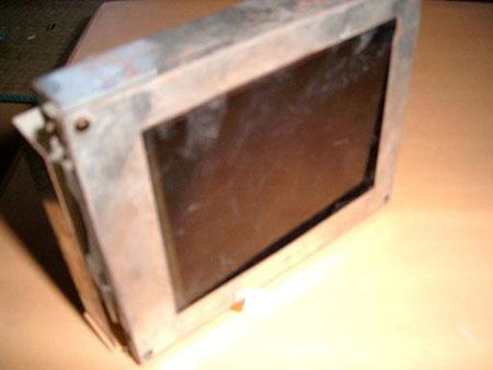 这种投影仪的内部结构如图4. 图4   3,一个电脑机箱.