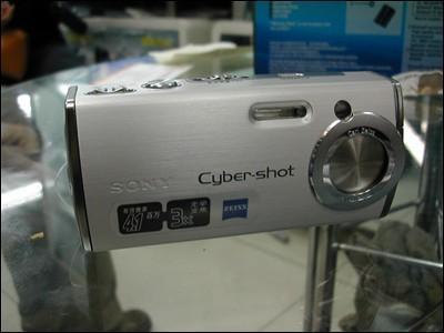DC降价英雄榜市售相机最具杀伤力排行(3)