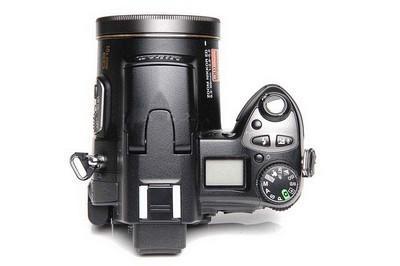 防手震功能长炮数码相机尼康8800详细点评