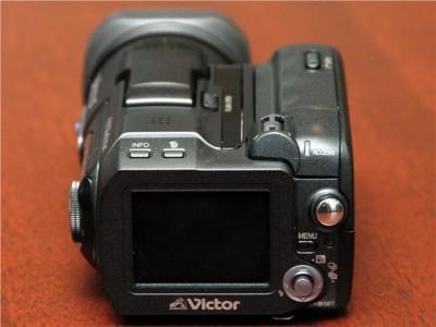 DV带早晚出局JVC最新硬盘摄像机亮相