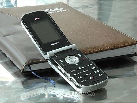 灵动大眼睛飞利浦新品手机655悄然上市