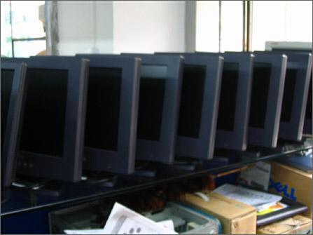 消费者要明目:市场二手LCD玄机不少(图)