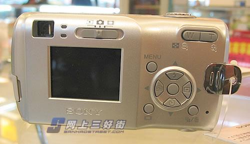 震撼低端400万像素相机索尼S40不到2千