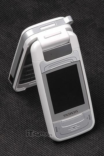 似是故人来纯白旋影西门子SF65手机评测