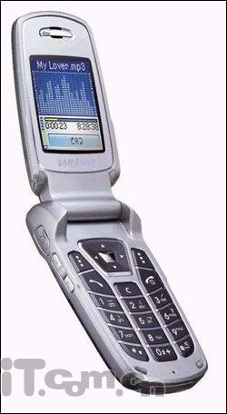颠覆D500三星又一款百万蓝牙手机E720上市