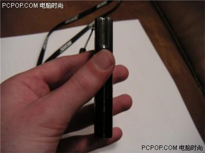 3GB容量爱可视新品播放器实物抢先曝光