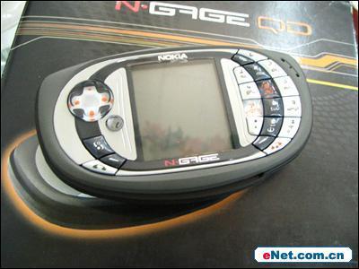 享受游戏生活诺基亚N-GageQD售价1620元