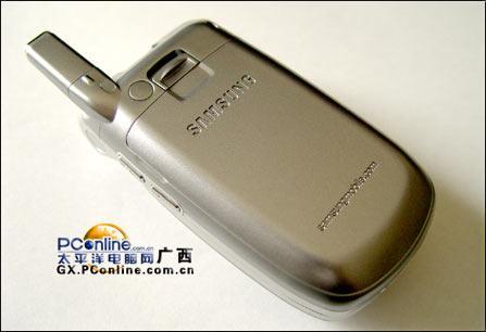 准3G享受三星百万像素横屏手机E159登陆