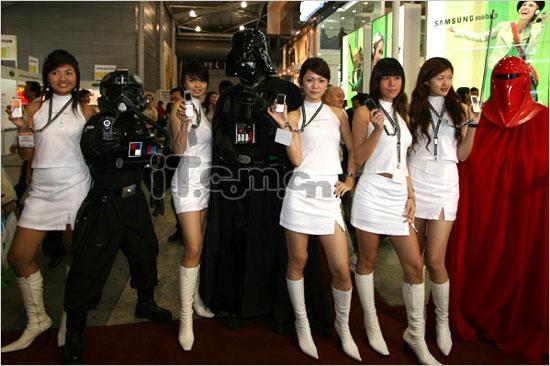 星球大战新加坡版黑武士挑战索爱性感美媚