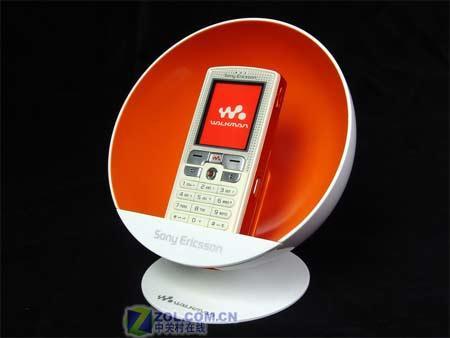 看了别眼红索爱W800i专用橙色配件赏