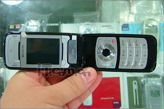 黑色香皂改版西门子手机SF65仅售1880元